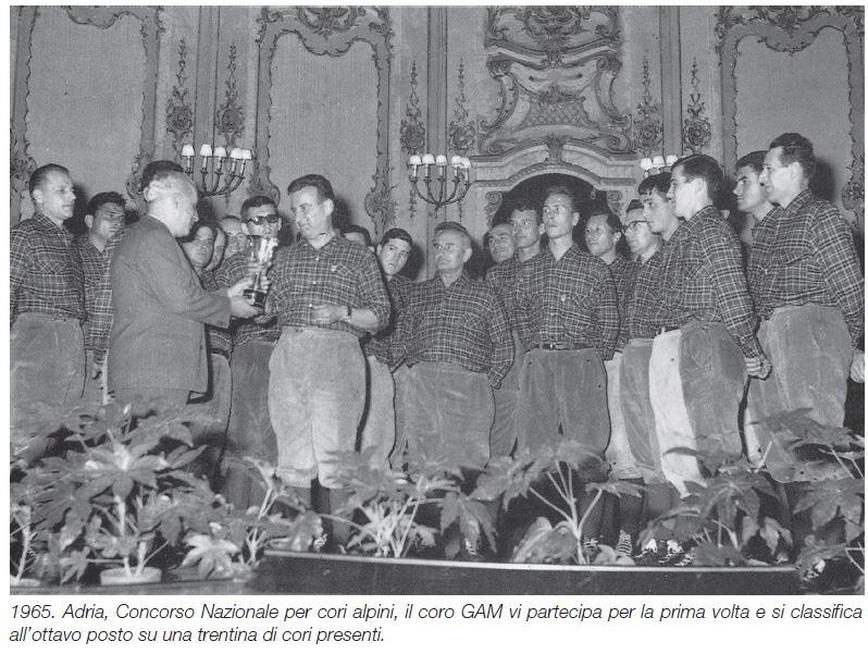 16 -1965 -ADRIA CONCORSO NAZIONALE PER CORI ALPINI IL CORO PARTECIPA PER LA I° VOLTA E SI CLASSFICA ALL'OTTAVO POSTO  SU CIRCA 30 CORI PRESENTI